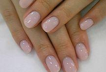 nails nails nails / by Haley Goodell