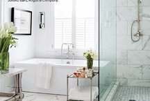 Bathrooms / by Janell Voigt