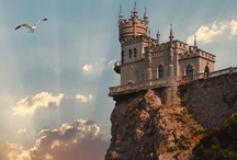Castles & Palaces / by Elpida Dimou