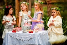 Cakes, Treats and Parties / by Oberia Haines