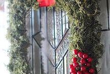 Wreaths / by Donna Damron Jesse