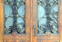 Puertas, ventanas, rejas, balcones, llamadores, etc. / by Gustavo Pagliardini