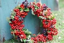 wreath / by Laura Montagni