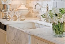 DIY~Kitchens / by Cindy Hart