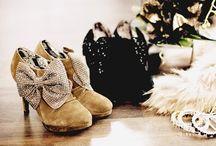 Shoes Shoes Shoes / by Veronica Afaisen
