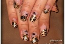 Flowers & Filigree - Nail Art / Photos of my nail art, done by me, on my own natural nails. / by Sinful Nail Art