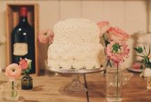 Pretty Desserts / sweets, cake, wedding cake, pretty desserts, cupcakes / by Lena