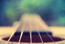 Guitar / by Laura Fasola