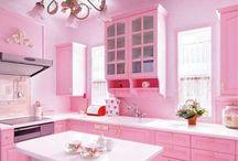 Pink Kitchen / by Byanca Cherubini