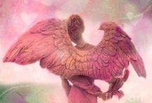 Angels / by Byanca Cherubini