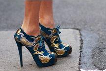En Vogue / by Colleen Star Koch