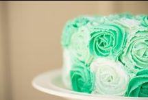 color - klassic kelly green / by Shana B