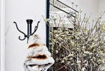 Entryways / by Bron
