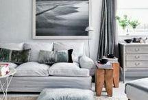 Interiors: L I V I N G / by Iwona Konarski