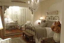Bedrooms / by Kristen Olivo