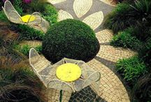 Garden & Outdoors: Paths & Patios / by Lisa Huff