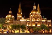 Catedrales Catolicas y mas / by Galiazzi Familia