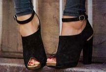 Happy Feet / by Veronica Garcia