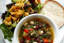 Food: Soup R' Salad / by Diane Bockus