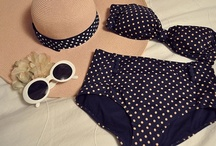 Fashion: Clothes and outfits / by Desirée Boom
