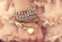 Fashion: Jewellery / by Desirée Boom