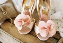 Fashion: Shoes / by Desirée Boom