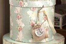 Vintage style: Brocante / by Desirée Boom