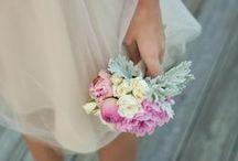 Wedding ideas / by Claudine Janssen