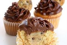 Just Make It Sweet... Desserts / Desserts and other sweet treats, including breakfast recipes. / by Danielle Janda