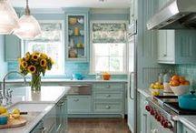 Kitchens / by Michelle Ballmer Kepke