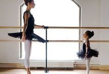 Dancing on my toes♡ (Ballet Photos) / Ballet pictures  / by Samm Armine Simpson