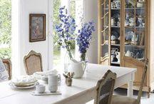 El Dining Room / by Jess I.