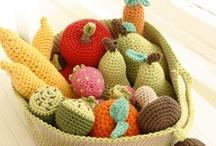 Crochet food / by lanasyovillos .