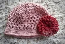 Crochet Hats / by lanasyovillos .