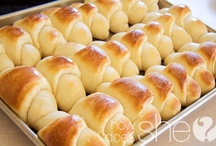 RECIPES-BREADS / by Joanne Erickson