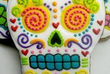 Día de los Muertos / Day of the Dead / by Tracy López
