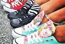 FOOTWEAR!! / by Ruthie Valley