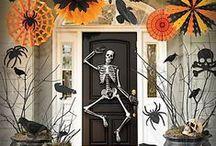 Halloween - Outside / by Jeanette Diaz