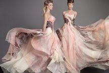 FASHION - Gowns / by Sabrina Cayne