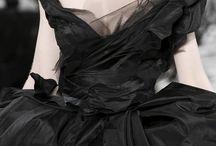 BLACK &  WHITE Beauties / by TatiTati Style