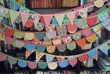 BaNNeRs,BuNTiNGs,GaRLanDS / by VinTaGe MaMa