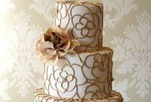 Cakes / Cakes for all occasions / by Oscar de la Rosa