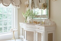Bathrooms in Veranda / Gorgeous bathrooms that we could practically live in. / by Veranda Magazine
