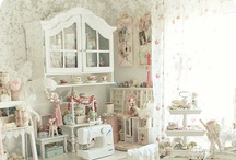 DECORATE: Shabby Chic / by Lucy (Craftberry Bush)