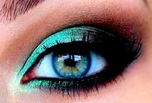 Makeup / by Marisol Ibarra
