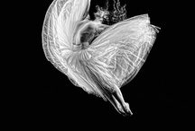 Movimiento, Destreza, Ilusión... / All moves are beautiful all depents what you see inside it, around it or in the center of that movement... Tell me, What you see? / by Piedad Montes Oca