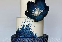 Wedding/Engagement/Tiered cakes / by Jenny Canning