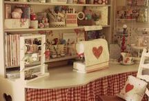 Craft & Sewing  Rooms / by Carmen Rivera