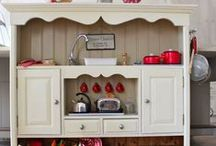 Little Kitchen Love / by Carrie Fairbairn