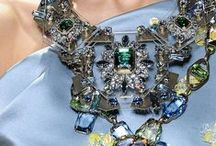 Accessorize / by Roz Pactor